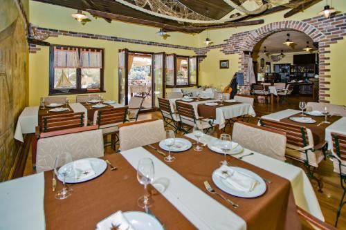 Restaurant016
