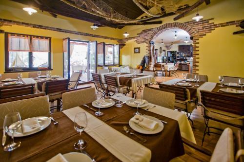 Restaurant017